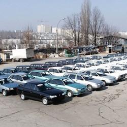 Дилеры задолжали АвтоВАЗу три млрд. рублей