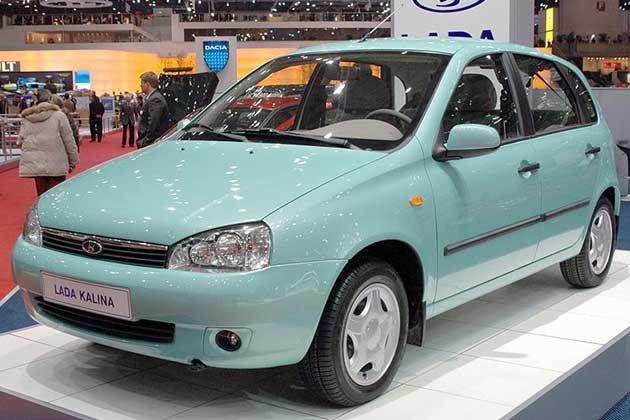 АвтоВАЗ планирует тратить на рекламу по 500 рублей