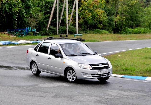 АвтоВАЗ устроил в Сочи тест-драйв Гранты для журналистов