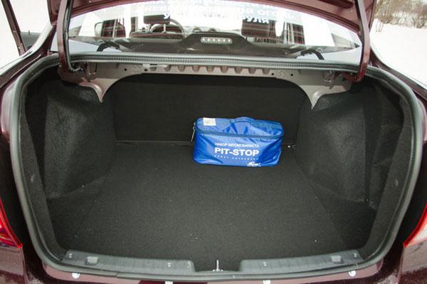 Багажник автомобиля Lada Granta