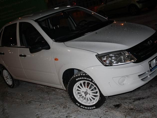 Белые диски на Ладу Гранта