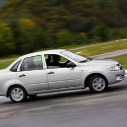 АвтоВАЗ просит сообщать о дилерах завышающих цены