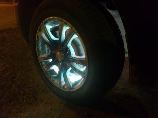 Подсветка дисков Лада Гранат фото