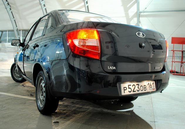 АвтоВАЗ открыл прием онлайн заказов Гранты на июль 2012