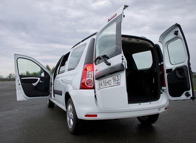 Распашные двери Lada Largus могут открываться почти на 180 градусов
